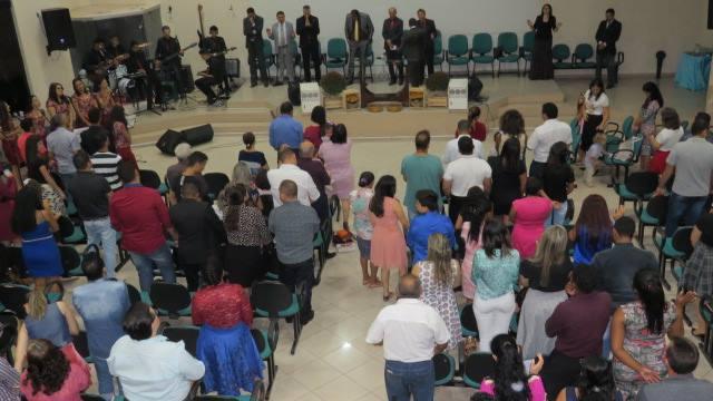 Congregação AD22 faz homenagem a ex-dirigentes na noite deste sábado, 16