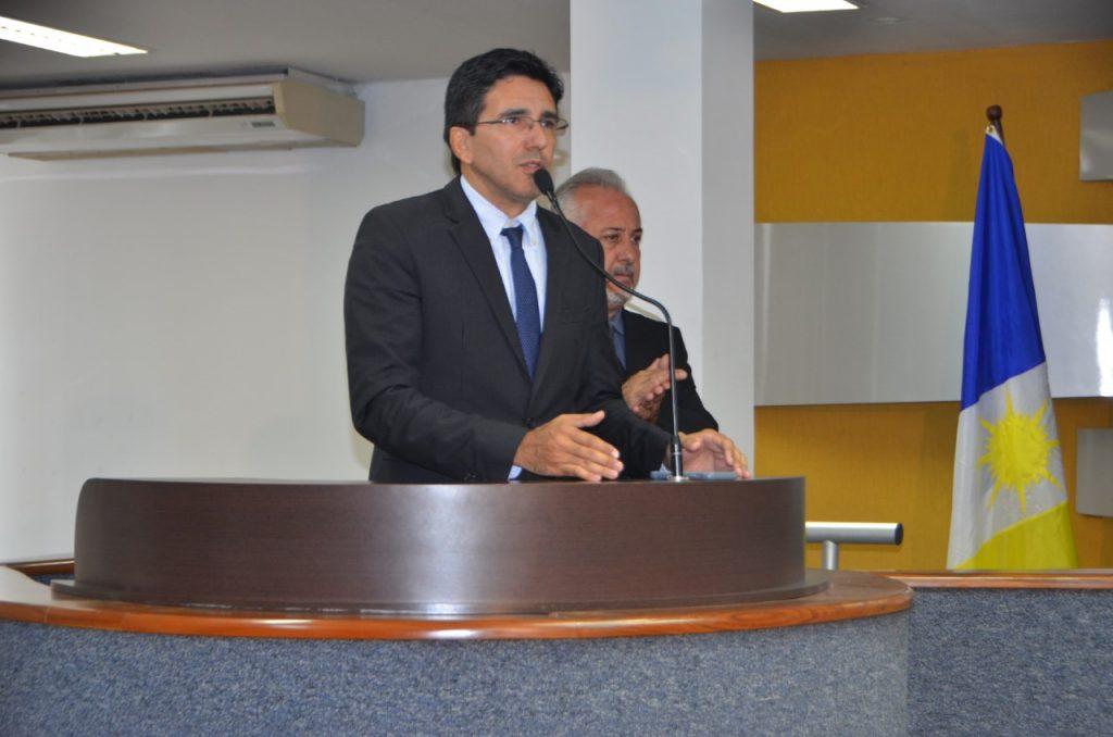 Júnior Geo cobra respeito às férias e planejamentos dos servidores municipais