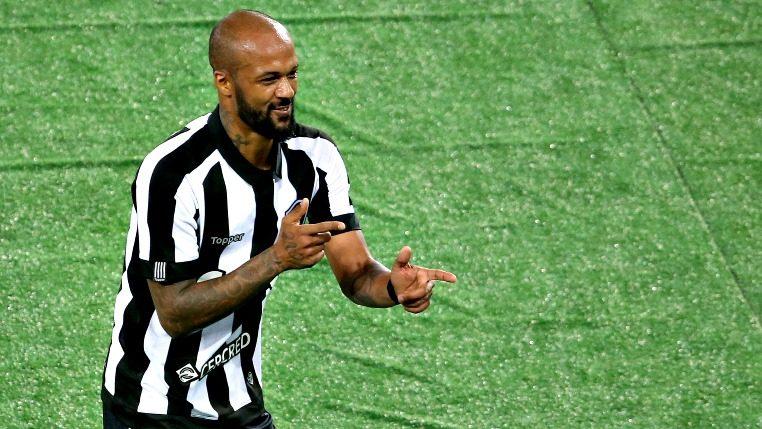 Em carta, Bruno Silva agradece e se despede do Botafogo