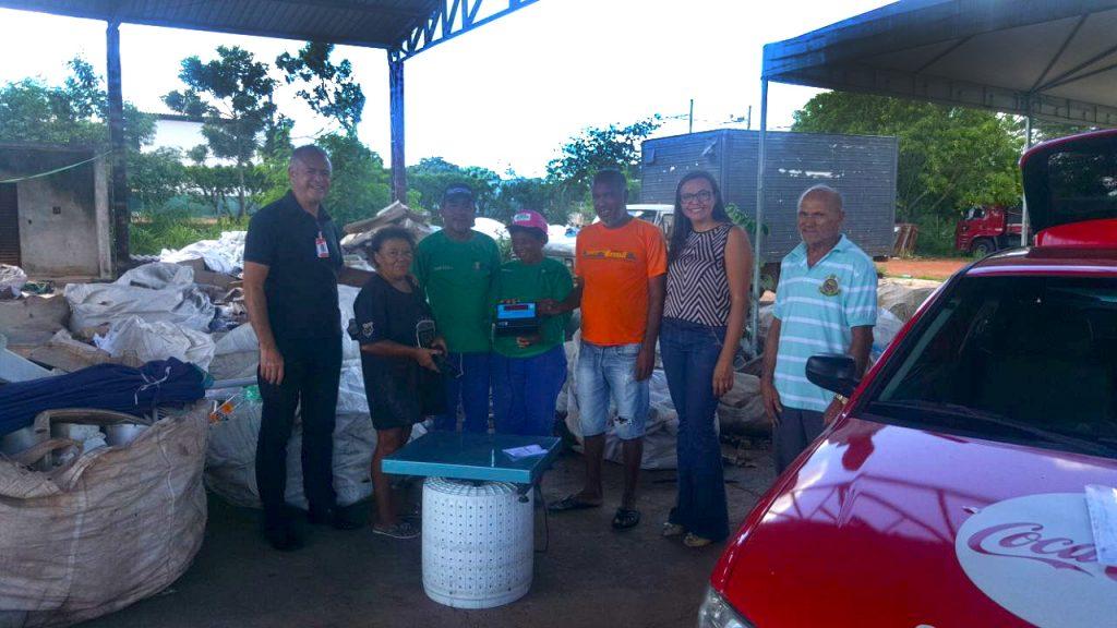 Refrescos Bandeirantes premia três Cooperativas de Reciclagem, do Tocantins