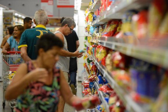 Em agosto, vendas no varejo crescem 1,3%, segundo IBGE