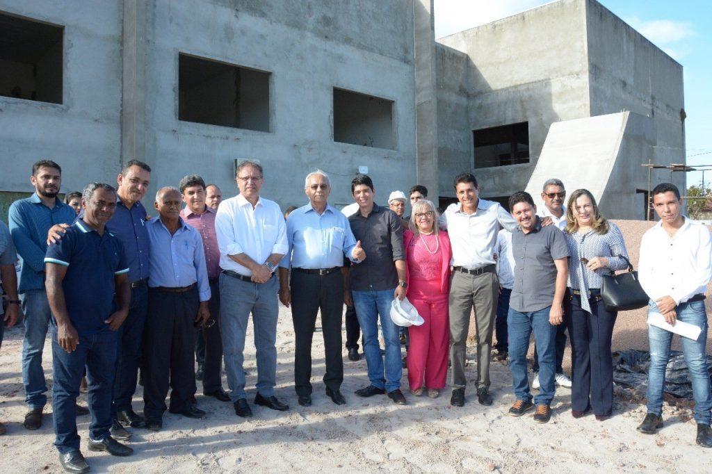 Avelino, Celso Morais e parlamentares participam de solenidade ao lado do governador Marcelo Miranda
