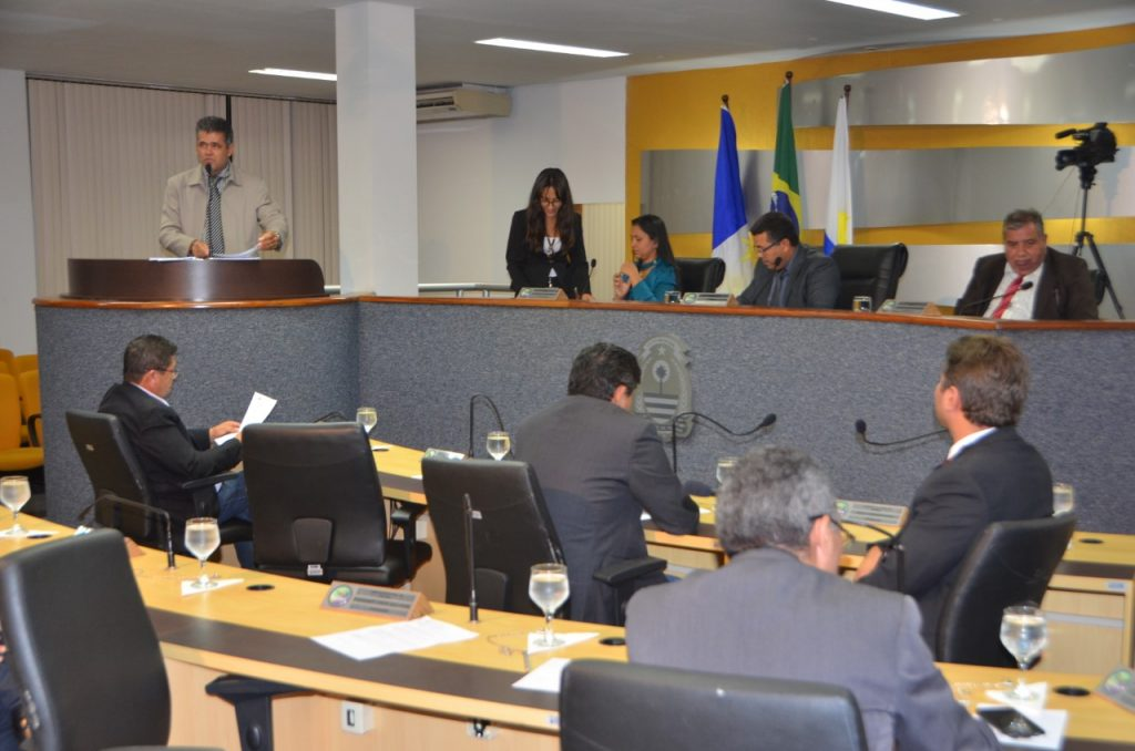 Câmara de Palmas aprova Lei    Orçamentária Anual para 2018