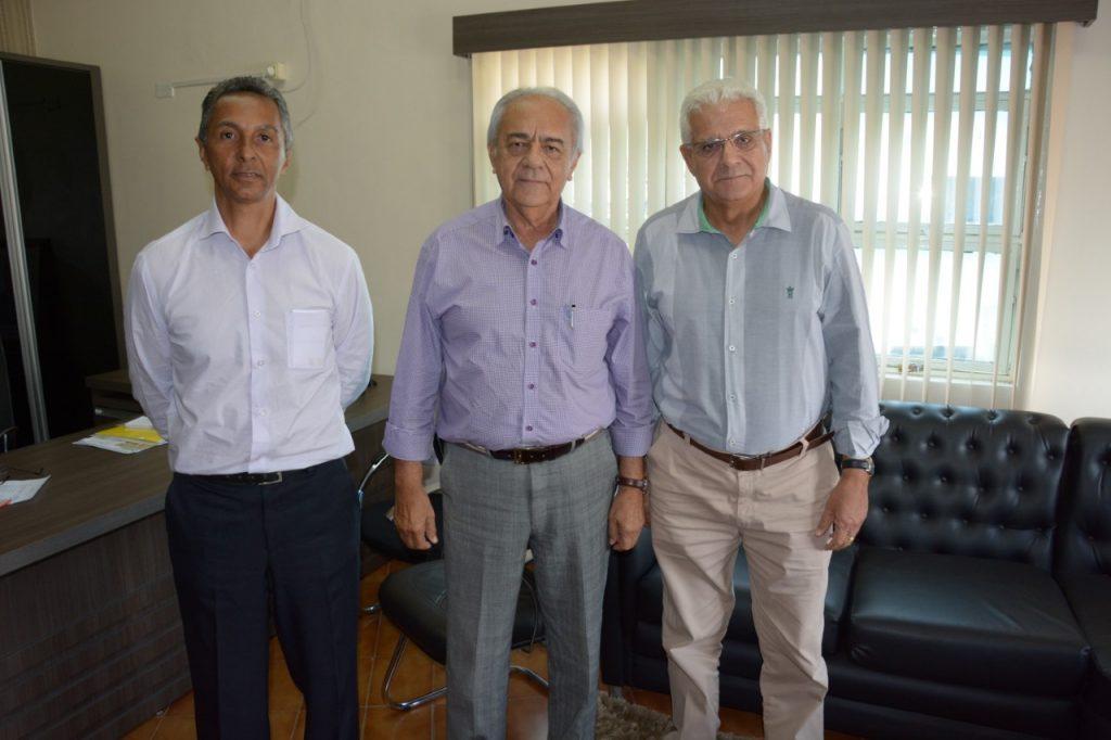 Moisés Avelino recebe representantes do Procon e da Secretaria de Estado da Cidadania e Justiça