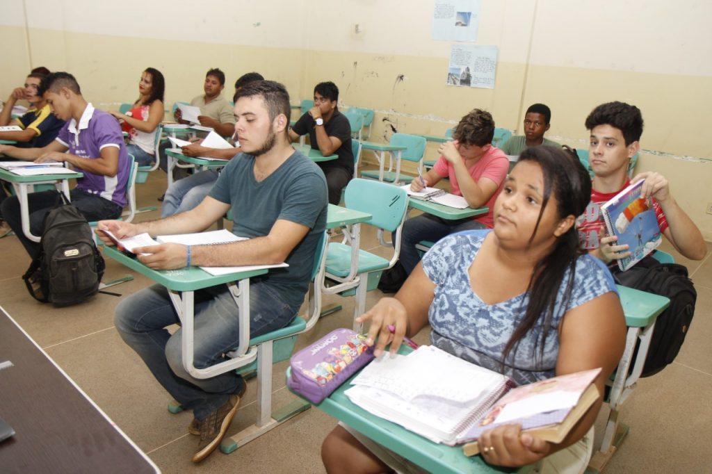 Inep divulga resultados do Encceja e estudantes já podem solicitar certificação do ensino médio