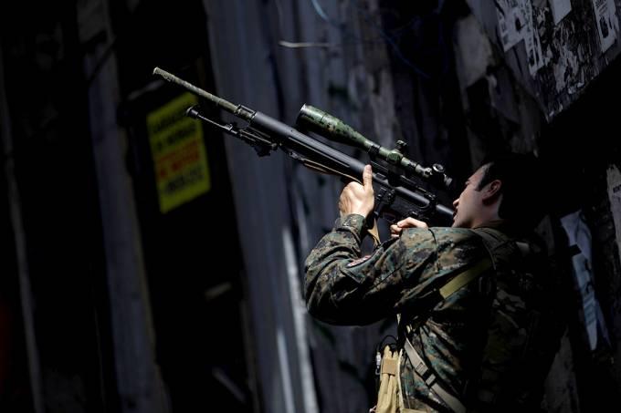 Governo federal decide fazer intervenção na segurança do Rio