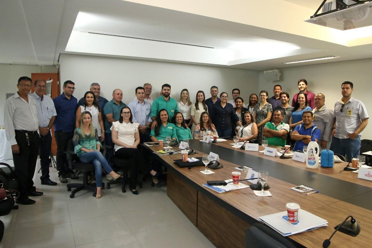 FIETO realiza rodada de negócios com empresas participantes do projeto Competir com Inovação