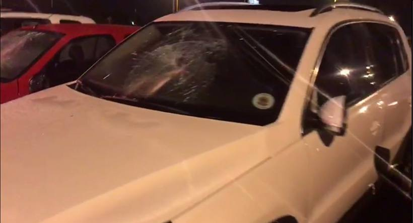 Homem destrói 17 carros e uma caminhonete na Cidade do Automóvel