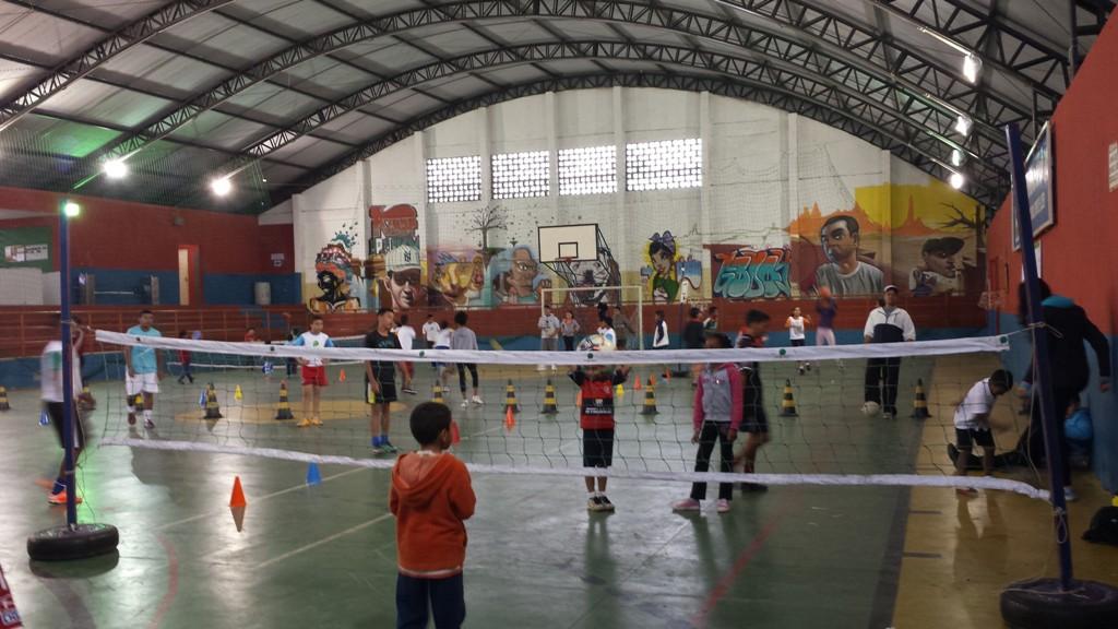 Evento esportivo de projeto do IEE, de Ana Moser, movimenta Heliópolis, na capital paulista