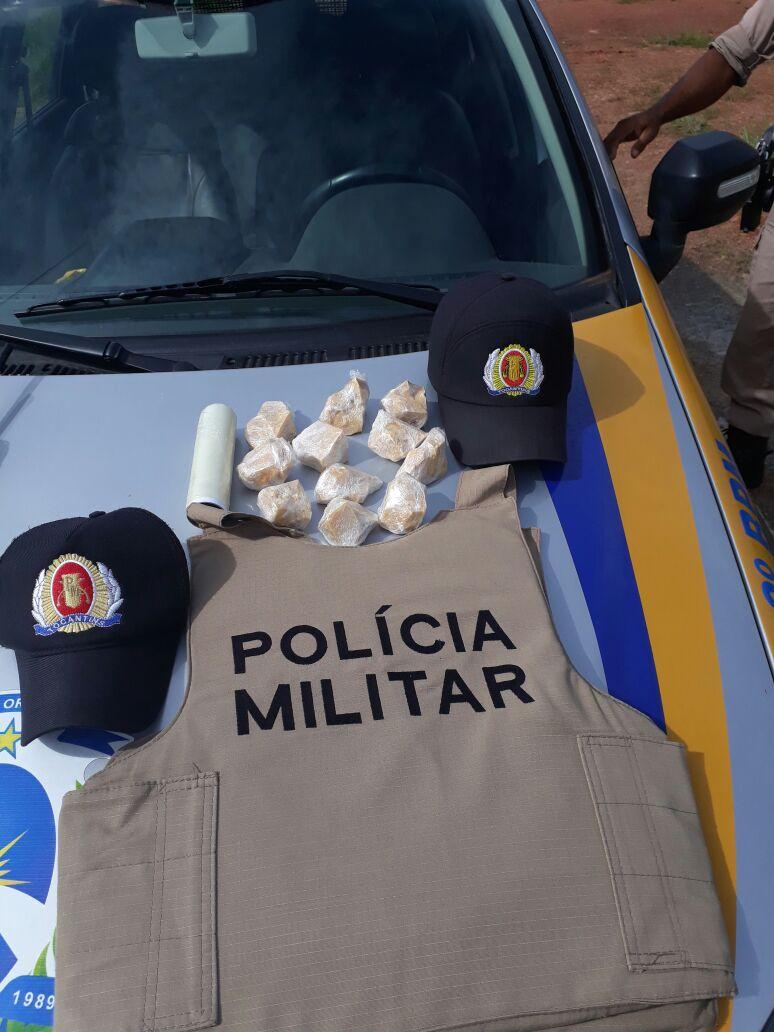"""Policiais militares do 8º BPM de Paraíso prende em flagrante """"entregador"""" de drogas"""