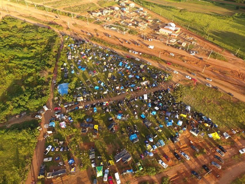 Cerca de 200 integrantes do MTST ocupam árera no Sol Nascente, em Ceilândia