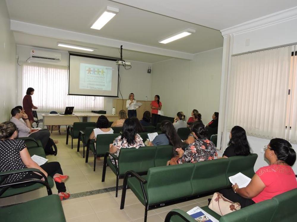 Servidores da Educação de Gurupi participam do Programa Formação Pela Escola