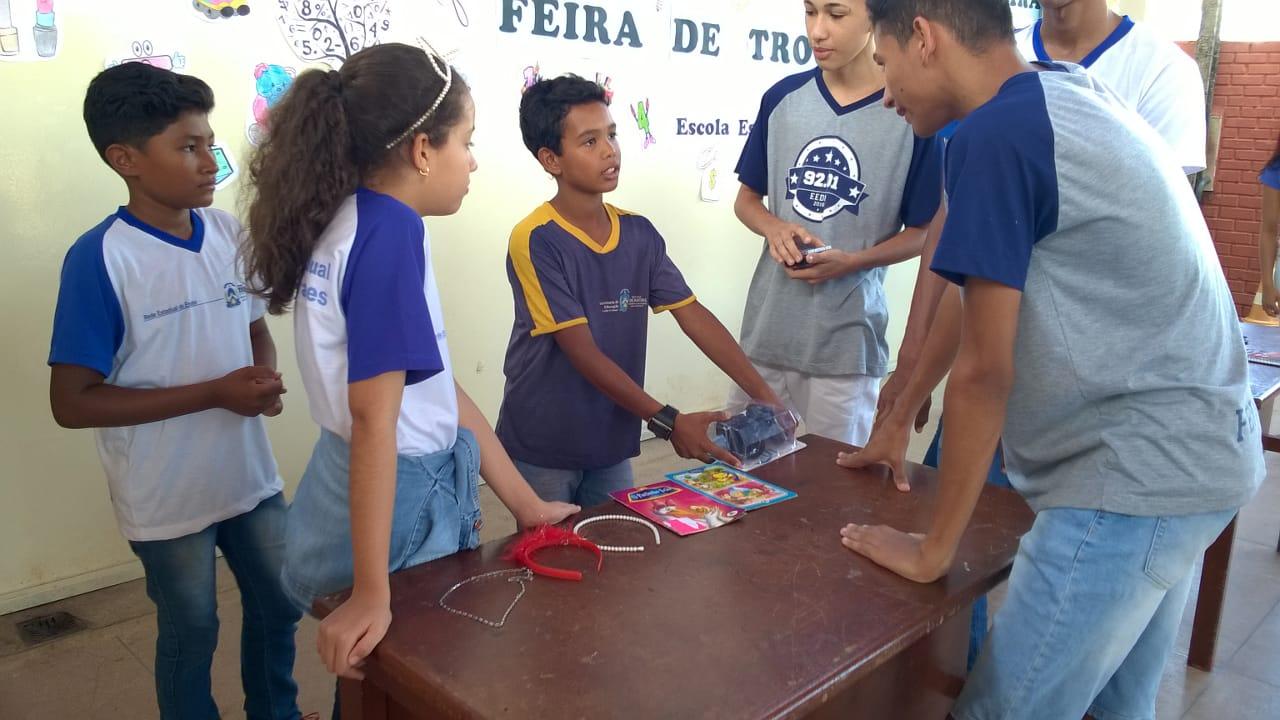 Escola Estadual Deusa Moraes realiza evento sobre educação financeira em Paraíso do Tocantins
