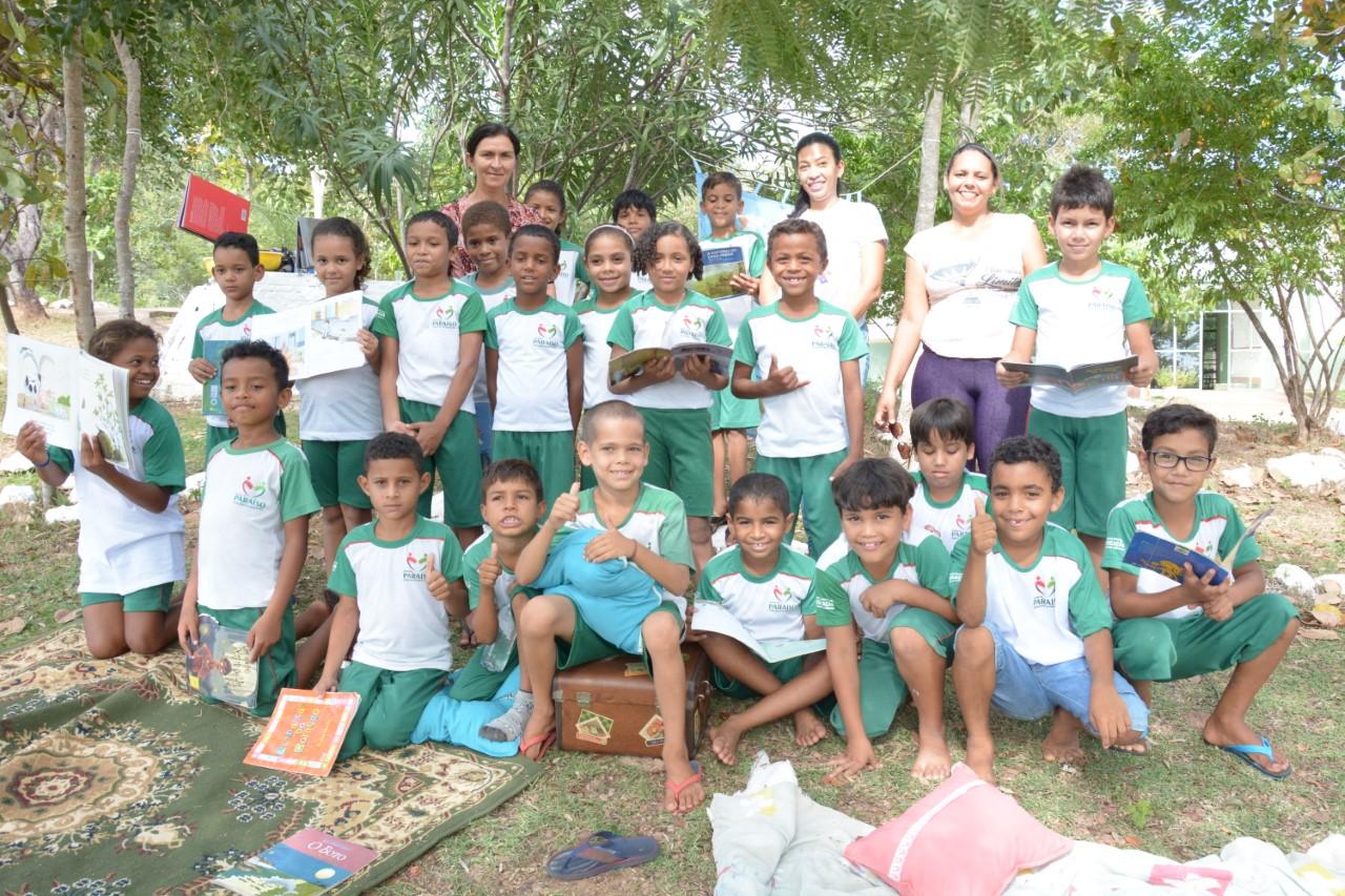 Alunos da Escola Municipal Pouso Alegre participam de atividade na Serra do Estrondo em Paraíso