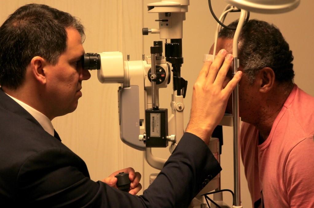 Apneia do sono aumento risco de glaucoma, aponta estudo
