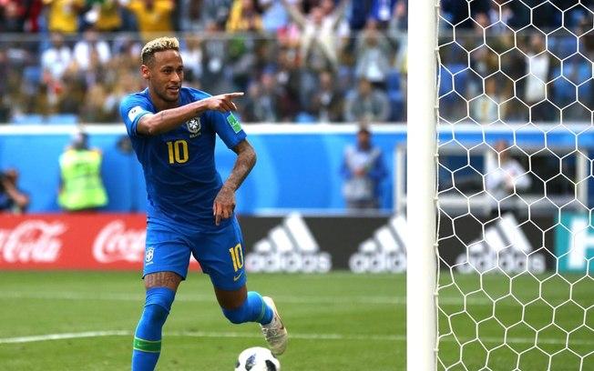 """Neymar desabafa após vitória suada contra Costa Rica: """"Falar até papagaio fala"""""""