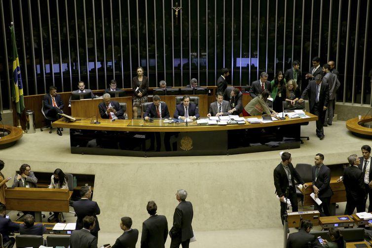 Câmara aprova novo marco regulatório para transporte de cargas