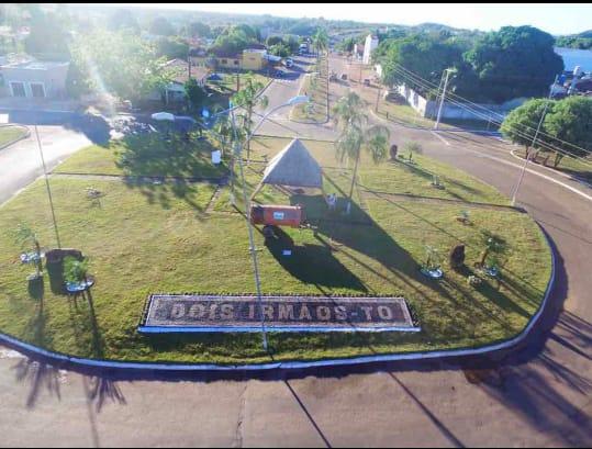 Paisagismo e recuperação de vias revitalizam cidade de Dois Irmãos do Tocantins