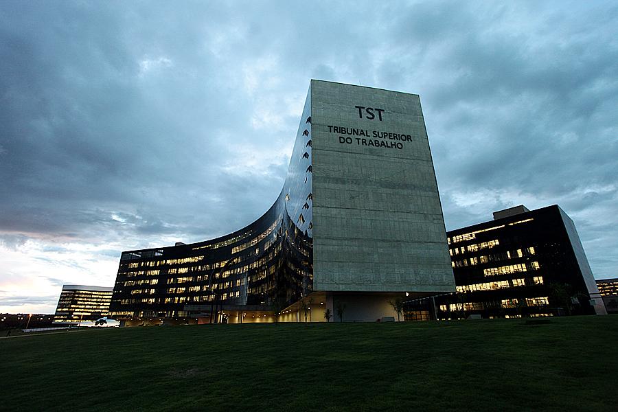 TST cede a órgãos públicos código para facilitar acesso ao eSocial