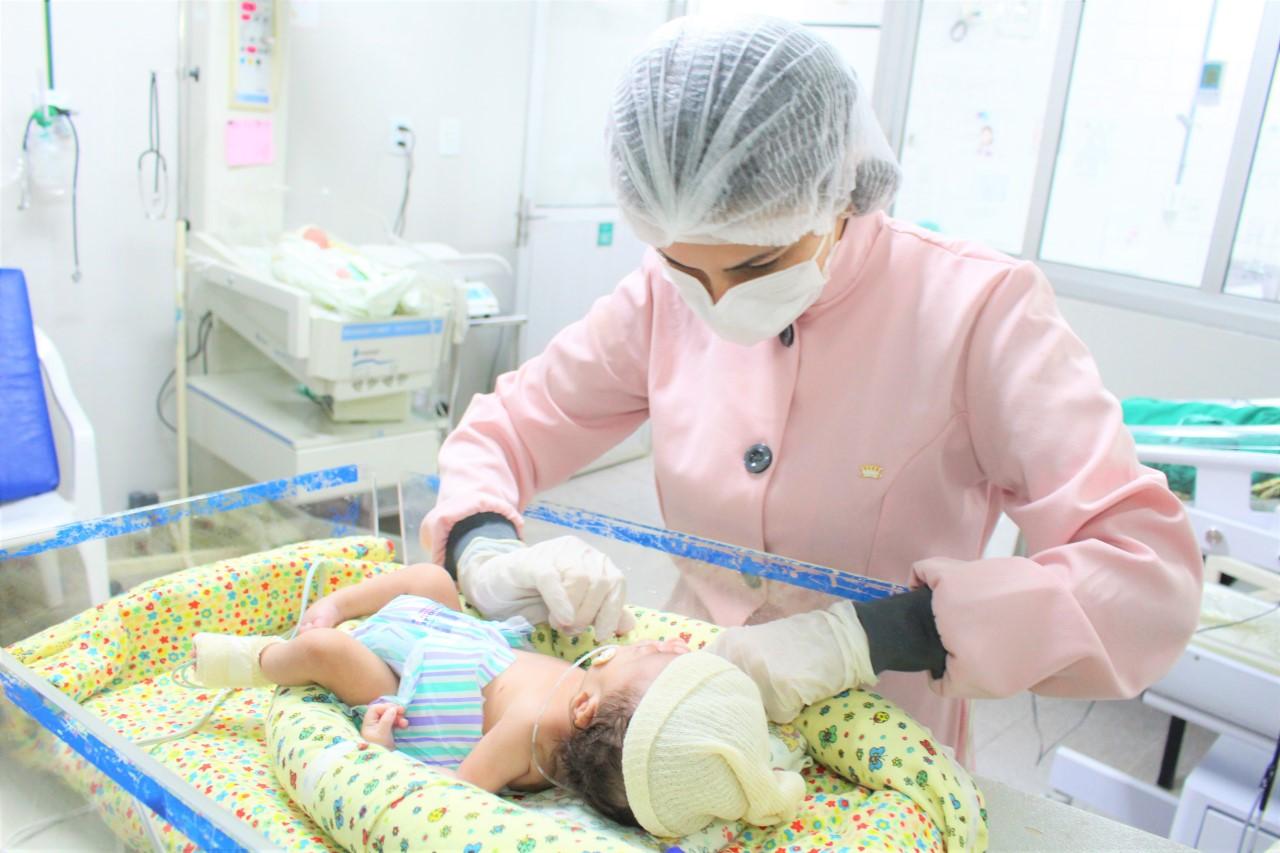 """Projeto """"Sorriso do Bebê em Harmonia"""" beneficia recém-nascidos no Hospital Dom Orione"""