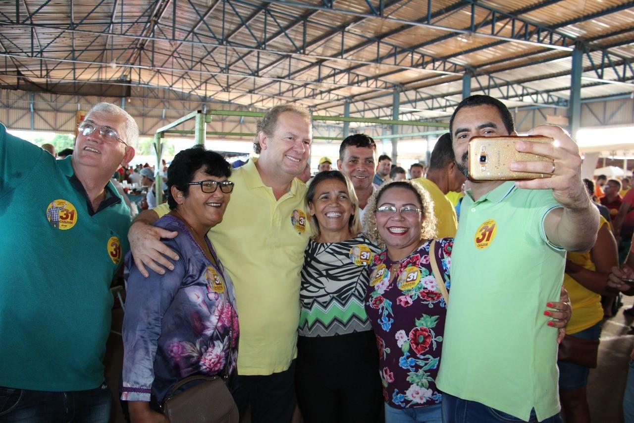 """Carlesse reforça compromisso de melhorar o Estado """"sem cobrar impostos abusivos"""""""