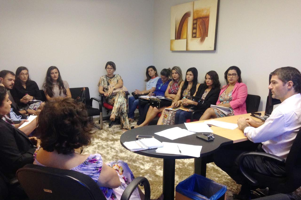 Implementação do programa Família Guardiã nos municípios é tema de reunião no MPE