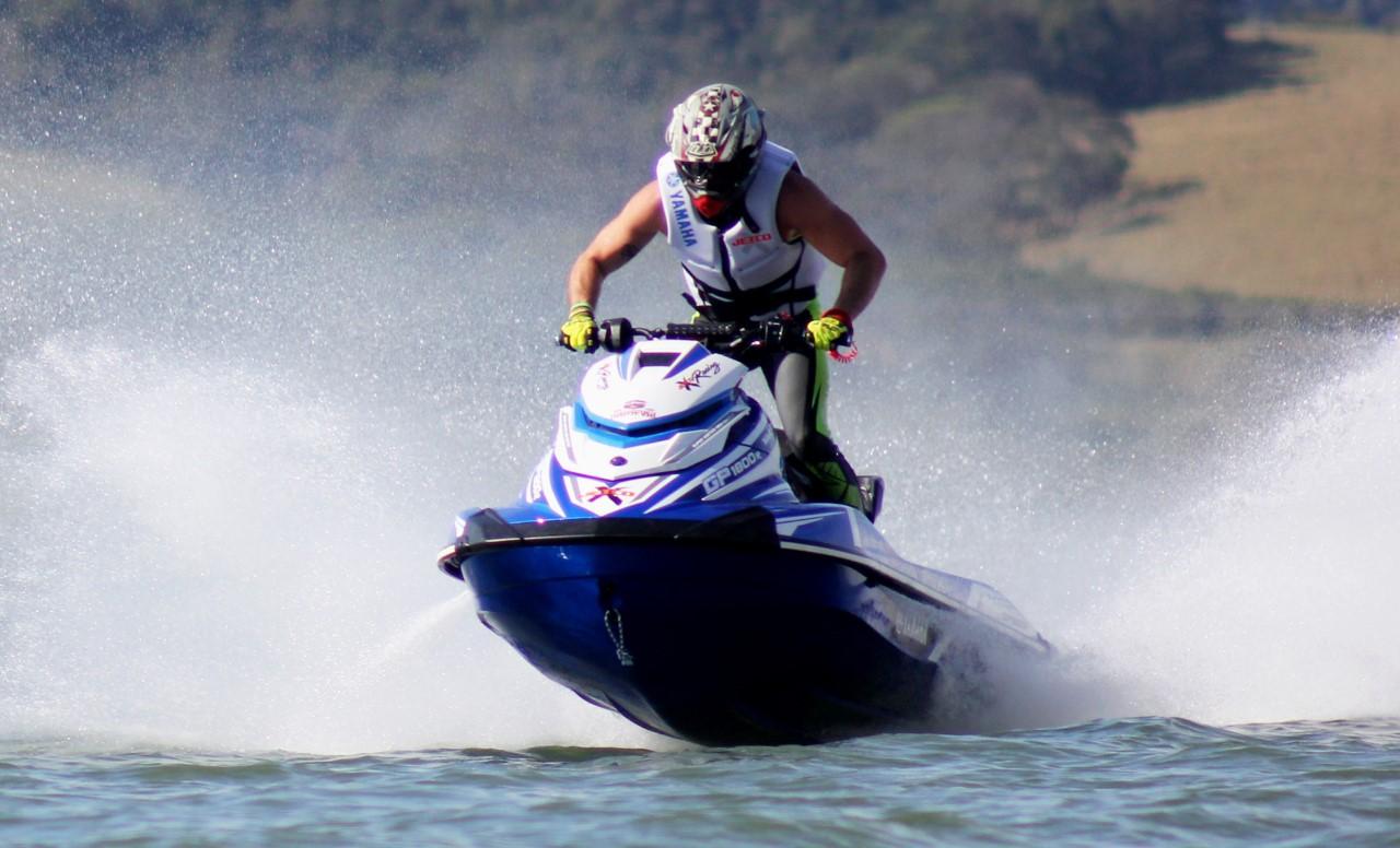 Sea-Doo traz informações sobre o uso responsável das motos aquáticas