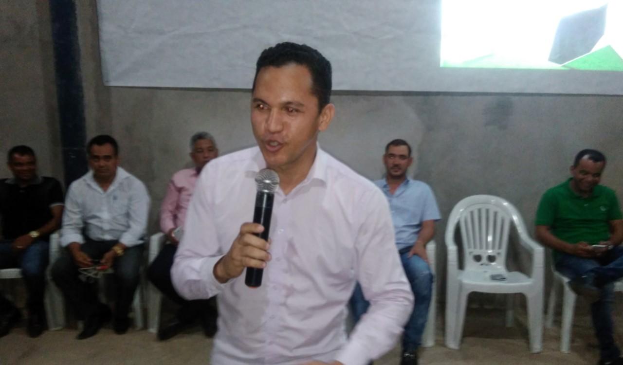 Com presença expressiva da comunidade, Djalma Araújo lança pré-candidatura a deputado estadual em Porto Nacional