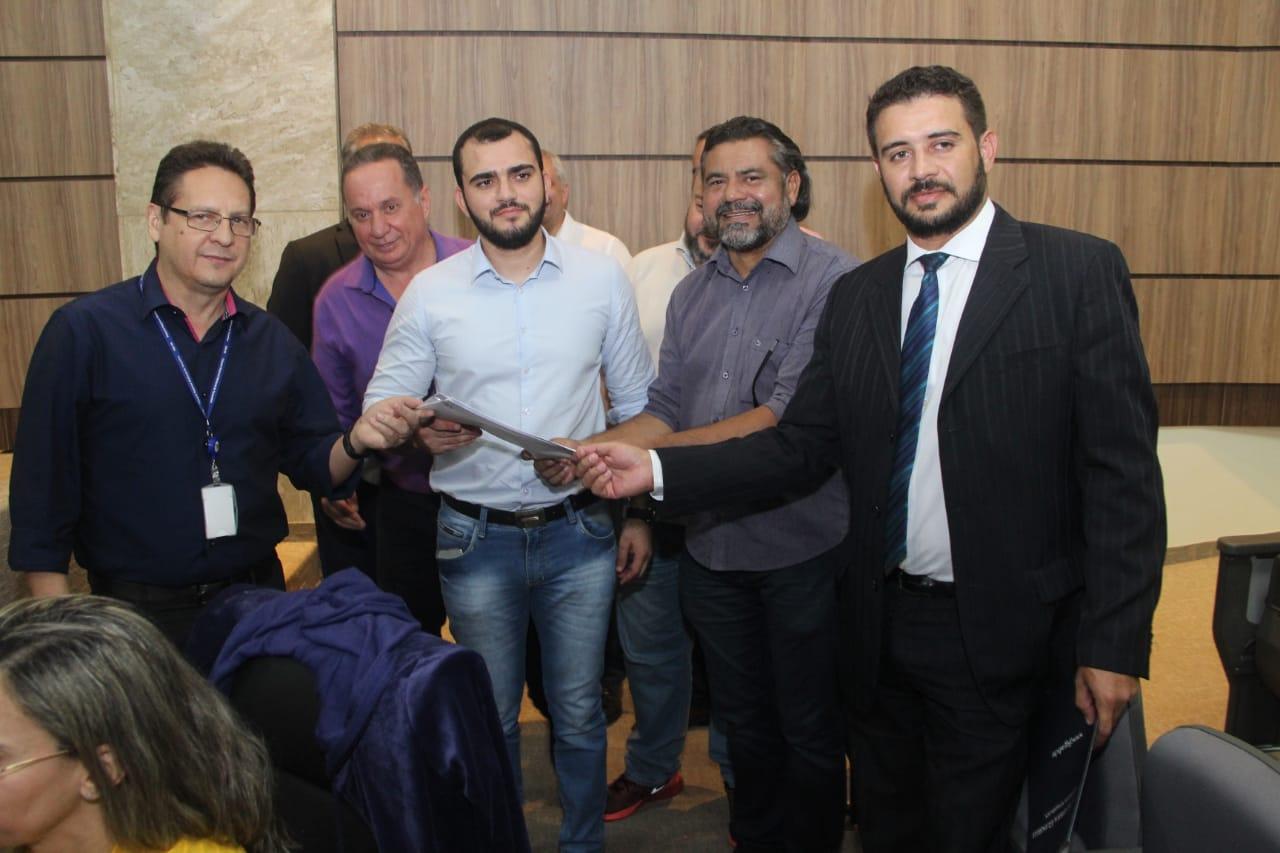 Coligação de Mauro Carlesse formaliza registro de candidaturas junto ao TRE