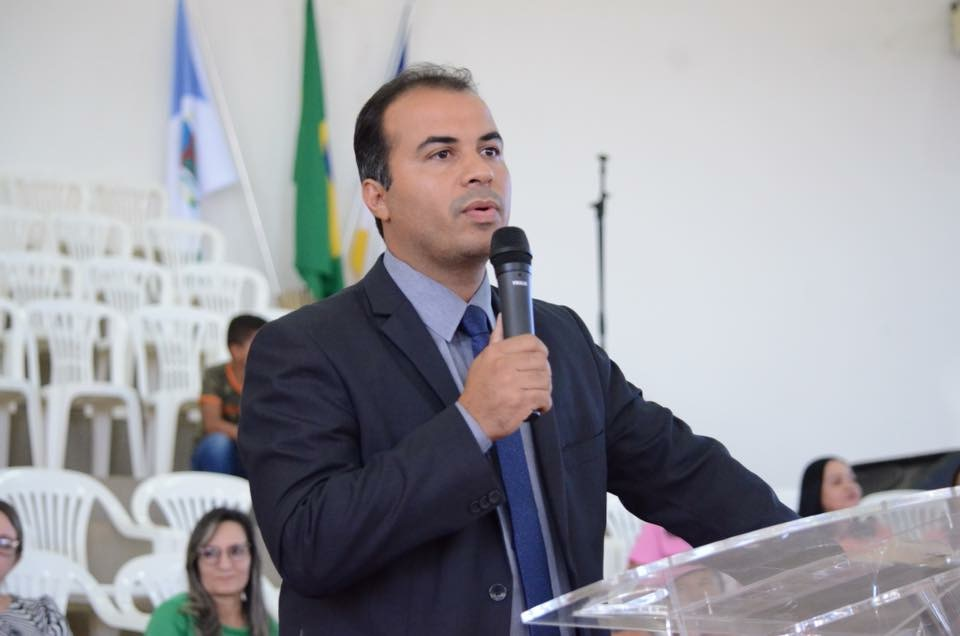 Candidato a deputado estadual, Filipe Martins afirma que defesa da família continuará sendo uma das marcas do seu mandato