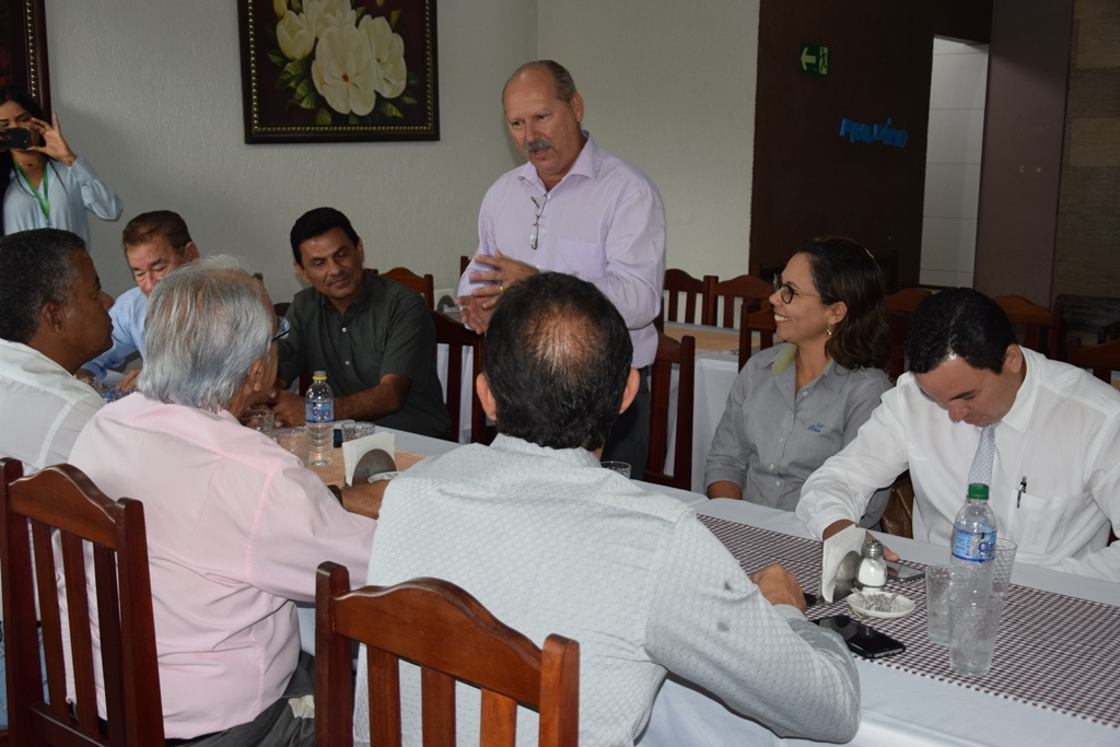 Presidente do Sicredi União apresenta plano para instalação de agência em Paraíso TO