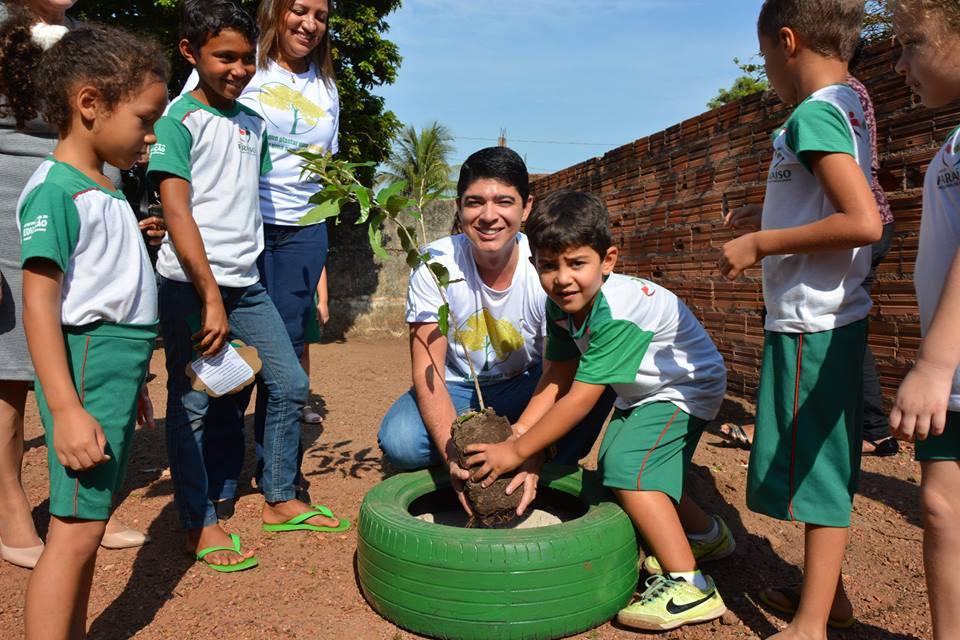 Escola municipal de Paraíso (TO) recebe ação em comemoração ao Dia da Árvore
