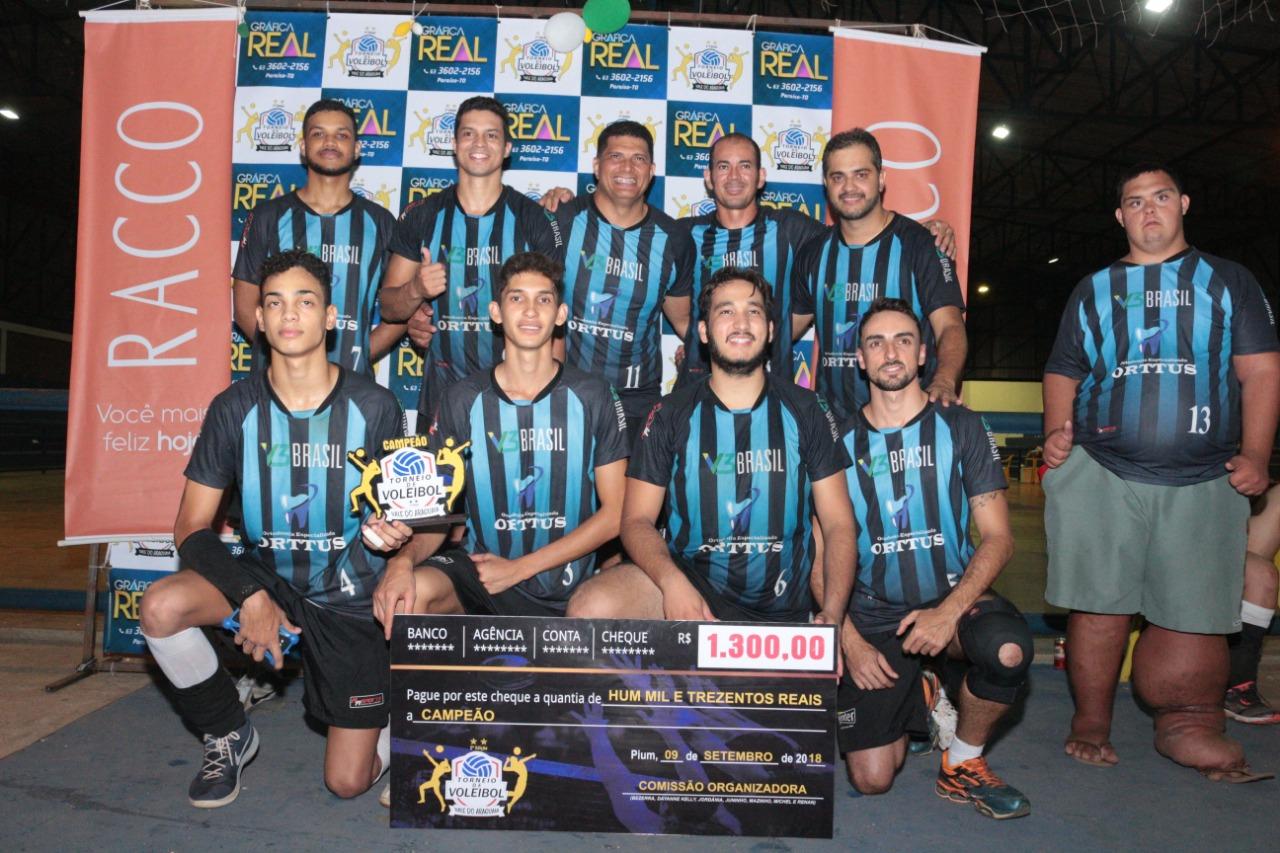 Grande público prestigia finais do 2º Torneio de Voleibol do Vale do Araguaia em Pium (TO)