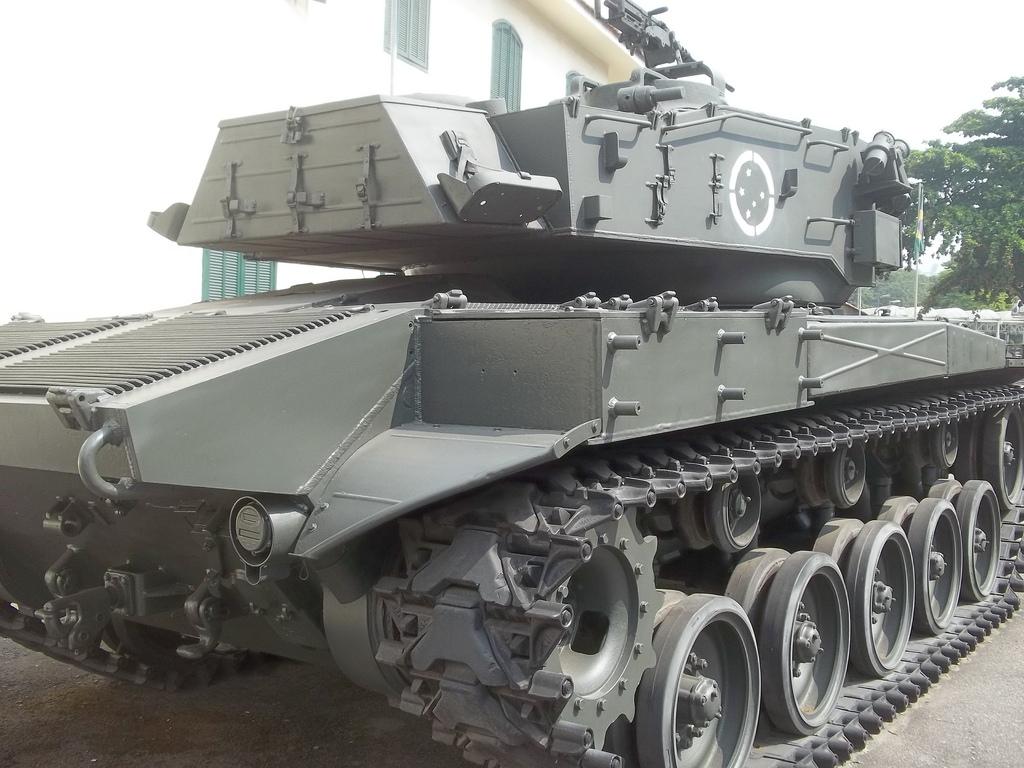 Senado analisa doação de 25 tanques de guerra ao Uruguai