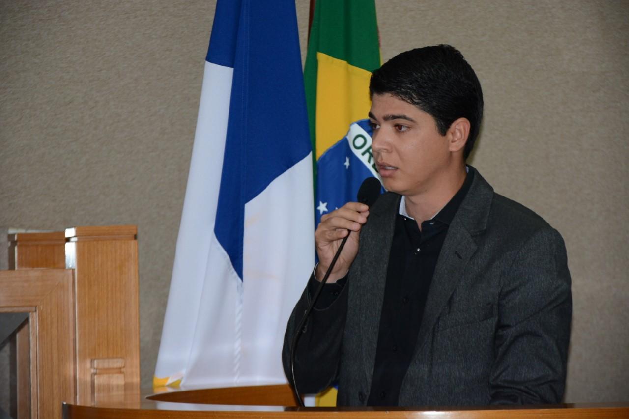 Assista na íntegra a posse do prefeito interino de Paraíso Celso Morais