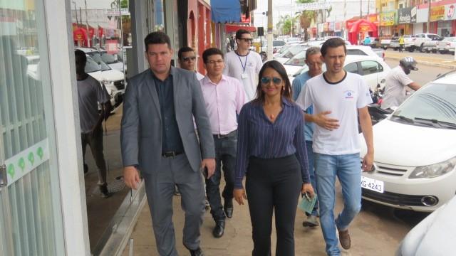 Ação educativa no comércio de Paraiso contou com a participação do superintendente do Procon