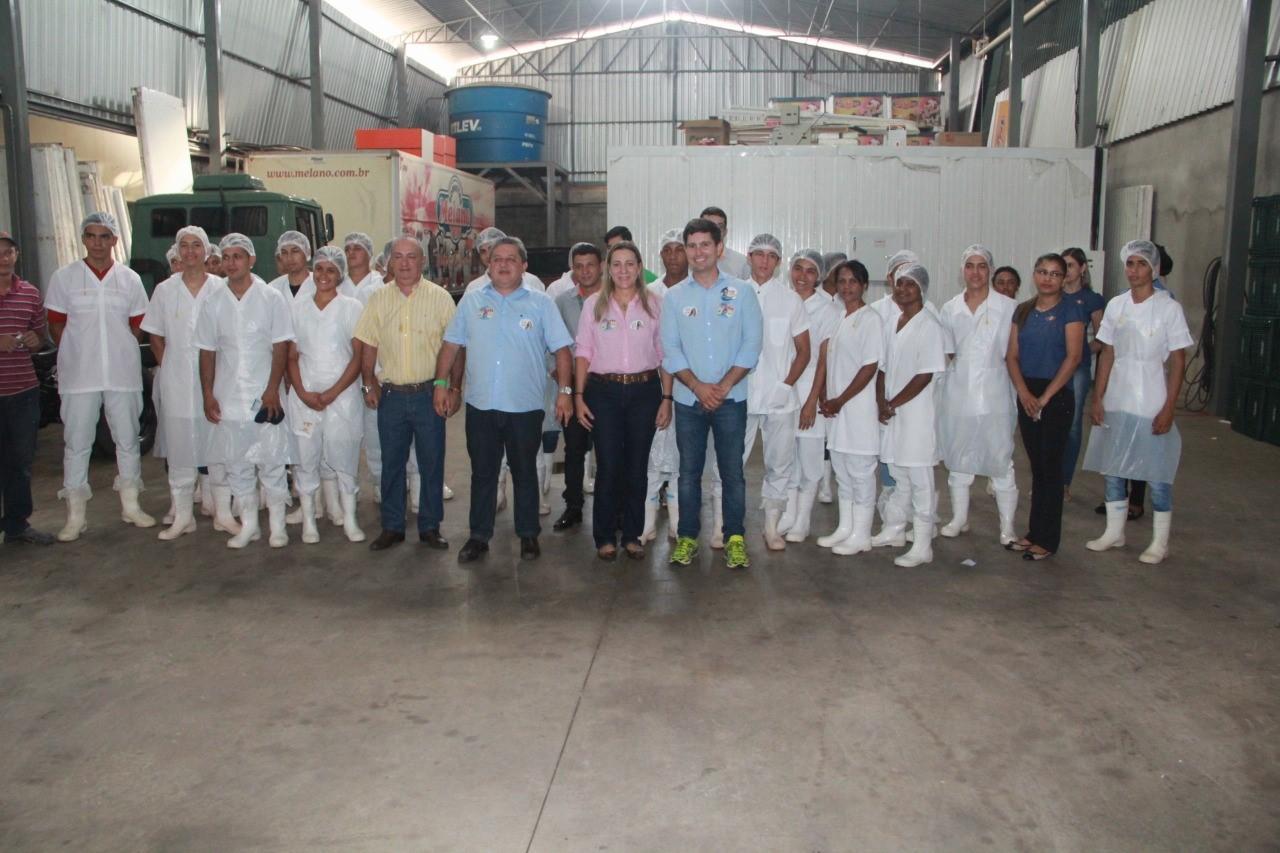 Dulce Miranda visita colaboradores de empresas e comércio de Gurupi