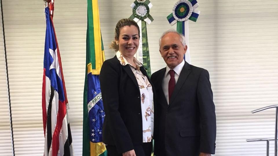 Prefeita Cinthia busca recursos para investimentos em Educação em Palmas