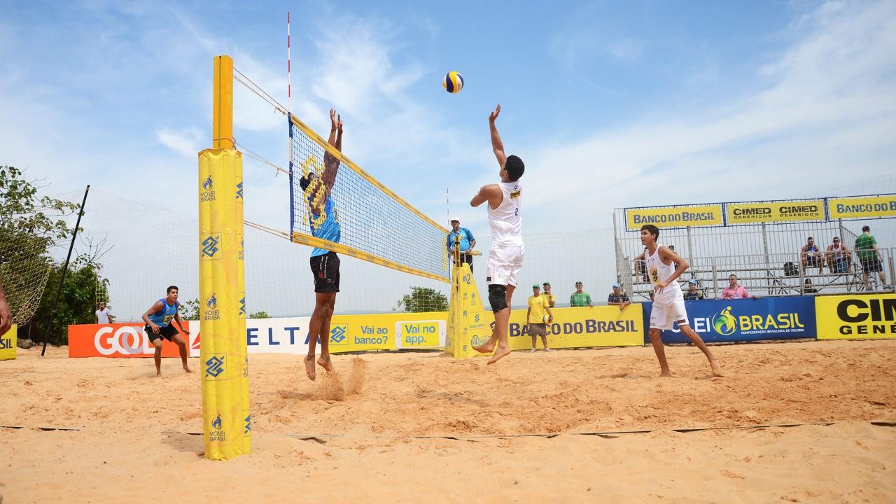 Atletas tocantinenses participam da abertura do Open de Vôlei de Praia na Graciosa; nesta quinta, 13, acontecem as disputas de 16 duplas femininas