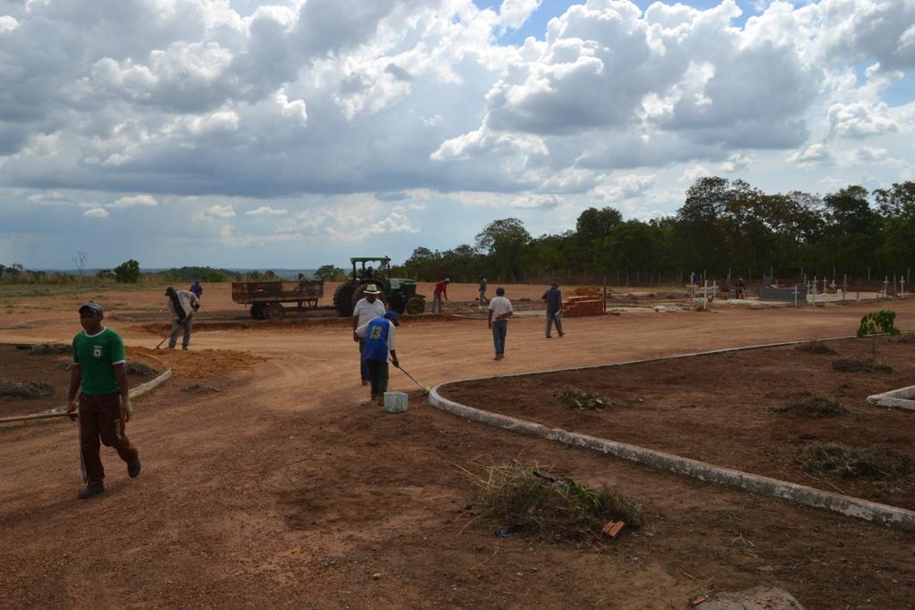 Zeladores encontram algo inusitado enterrado em sepultura clandestina em cemitério de Paraíso (TO)