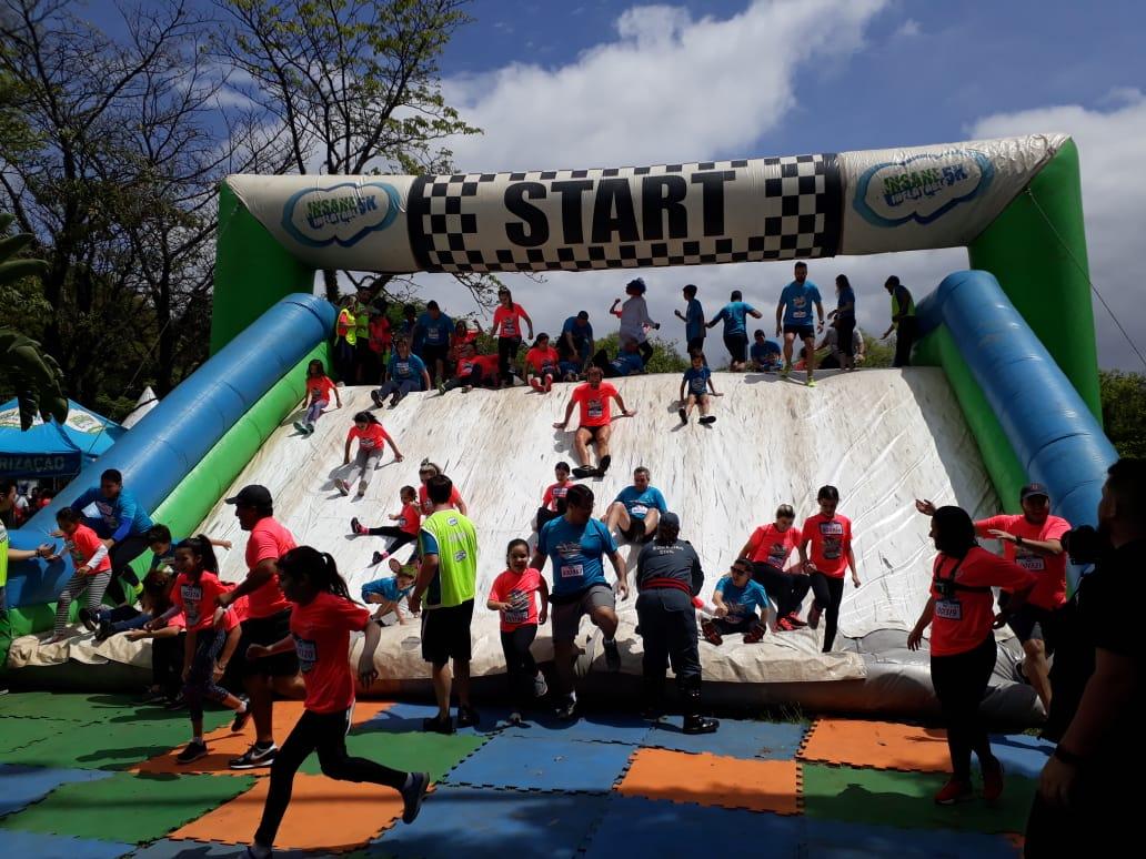 Corrida Insana Action Kids leva diversão esportiva a milhares de crianças e adultos em São Paulo