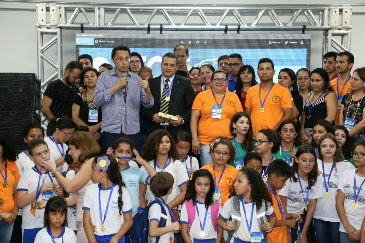 Projeto da Escola Thiago Barbosa sobre energia solar é escolhido para representar Palmas na Febrace 2019