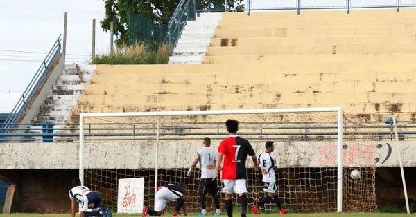 Capital, Arsenal e Atlético Cerrado vencem pela Segunda Divisão