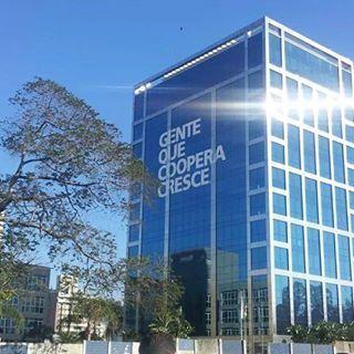 Jornalistas participam de encontro e conhecem centro administrativo, em Porto Alegre