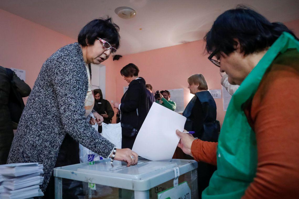 Pela primeira vez, eleitores vão votar para presidente na Geórgia