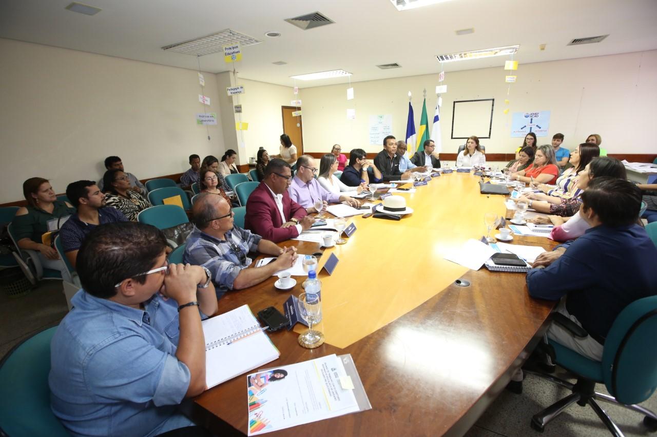 Educação do Tocantins ampliará o programa Escola Jovem em Ação para mais seis escolas