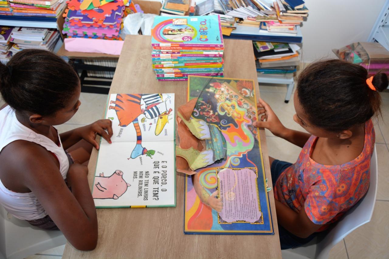 Campanha criará biblioteca para crianças da Casa de Acolhimento Ana Caroline