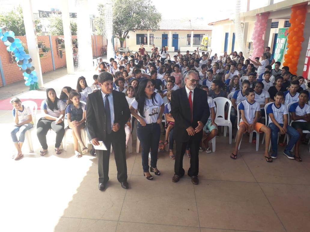 Escritores Toni Ferreira e Ademir Rêgo participam de evento literário na Escola Deusa Moraes, em Paraíso (TO)