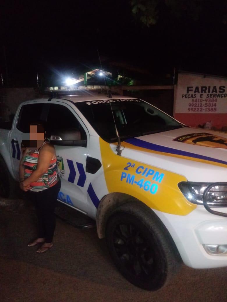 Mulher suspeita de tráfico é presa e drogas apreendidas pela PM em Dianópoli