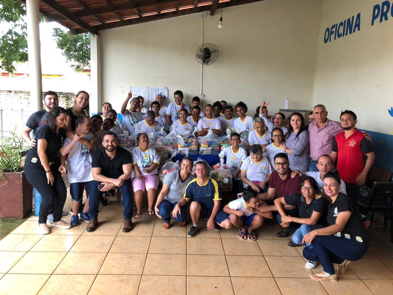 """""""Entre Linhas e Agulhas"""" da APAE de Barrolândia fica em 1º lugar em seleção de projetos da FEAPAES/TO"""
